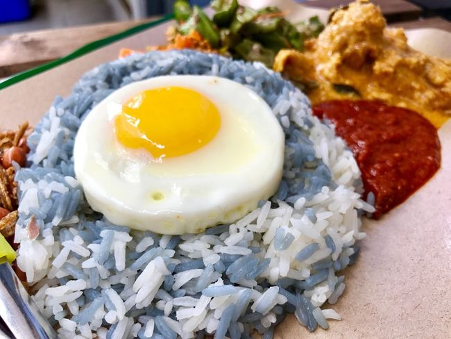 Food Egg Ready-to-eat Close-up Egg Yolk Plate Butterfly Pea Rice Nasi Lemak Rendang Ikan Bilis Lady Fingers Spicy Food Coconut Rice Asian  Fusion Meat And Vegetables Food Stories