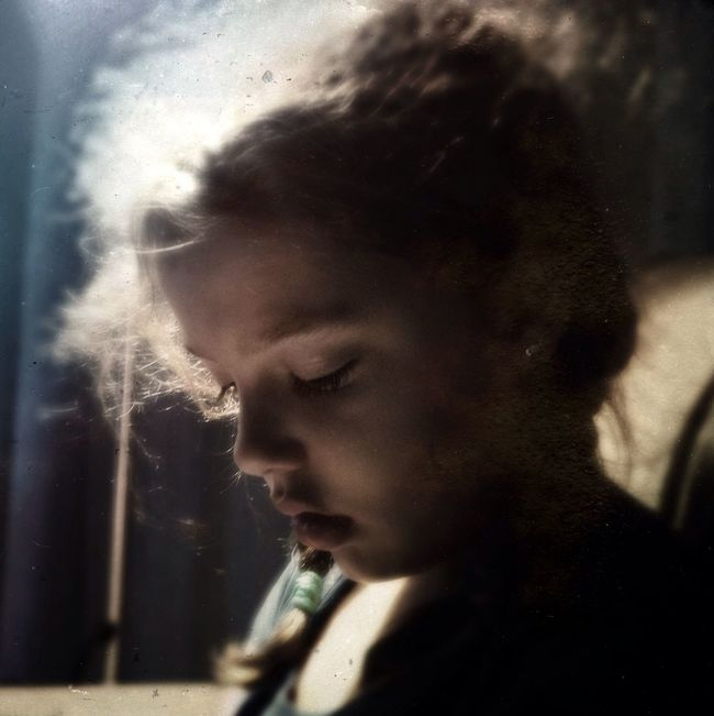 Candela The Moment - 2015 EyeEm Awards The Portraitist - 2015 EyeEm Awards Hipstamatic AMPt_community Mobilephotography Iphoneonly IPhoneography Youmobile