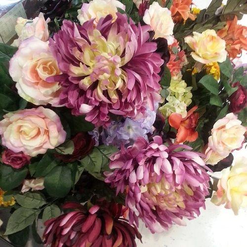 Dem beautiful ♡ (: Loveisintheair Flowers Pretty Special Beautiful Rooooor Nofilter Love Q8