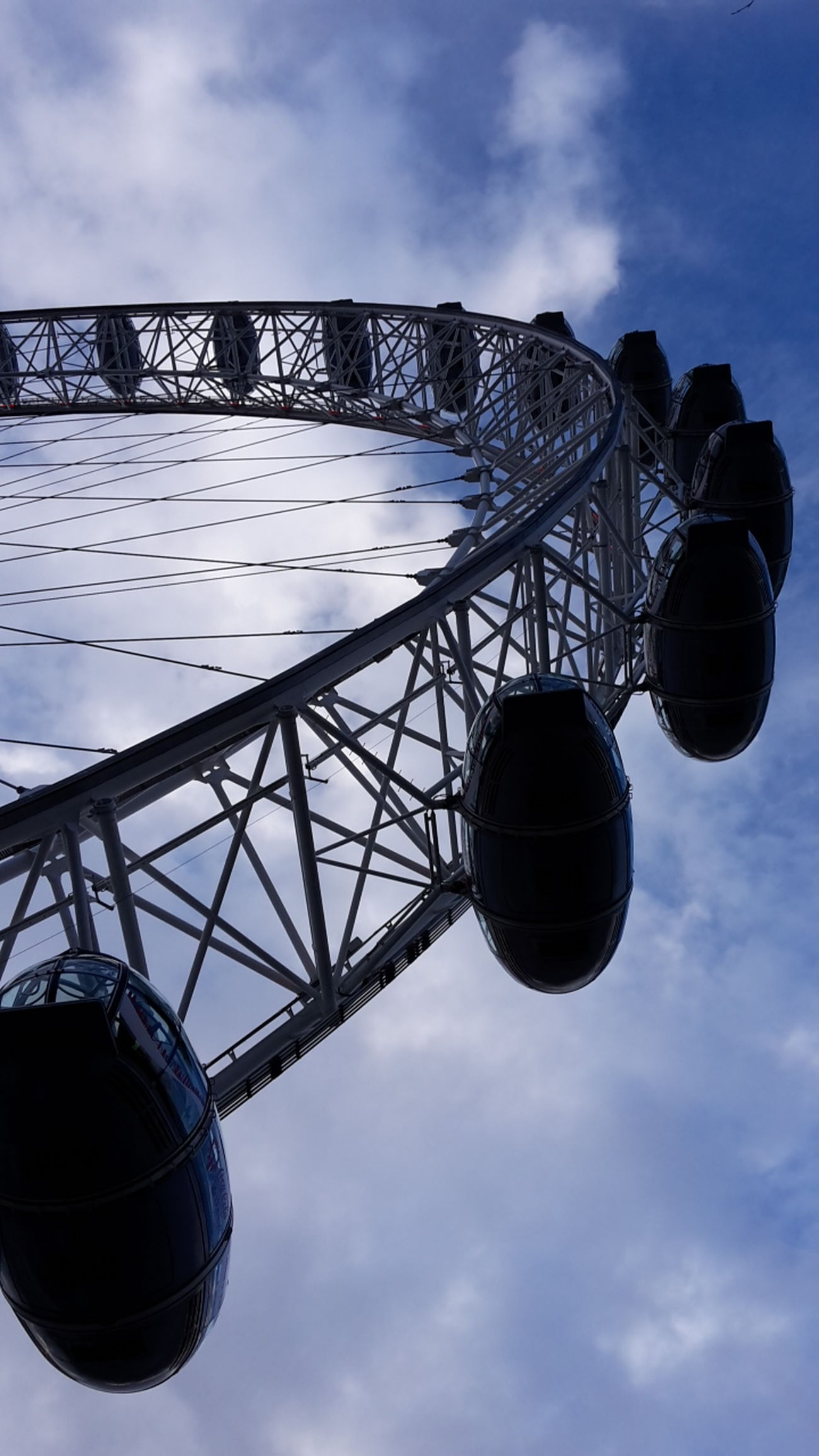 London March 2016 London Eye London Perspective Different Perspective Looking Up Big Wheel City England Low Angle View