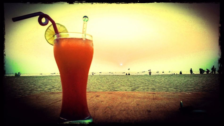 Drink Refreshment Sunset Bar - Drink Establishment Food And Drink Freshness Drinking Glass Alcohol Cocktail Randomshot Note4photography Traveldiaries✈🌍 Note4clicks EyeEm Best Shots Note4photagraphy Outdoors Baghabeach Bagha Sea Beach Sunsetlover Overthesun Enjoying The View Beauty Of Nature Horizon Over Water Nature Focus On Foreground