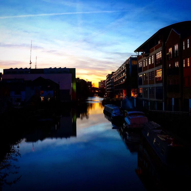 London Regents Canal Sunset Waterfront Canal Canon 80D Autumn Reflection
