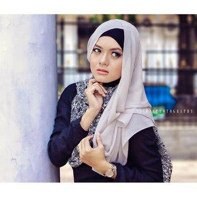 Vicksyen Photoshot Hijabstyle  Hijabindonesia Beautyhijab pose models beauty sbaphotography fbt likeforfollow like4like