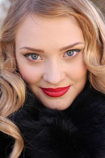 Nastena Korshunova Nasty :)  Blond Hair Beauty Beautiful People Beautiful Woman Make-up Portrait Smiling Winter