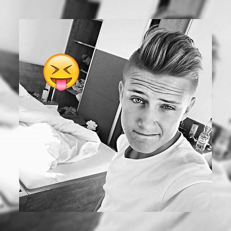 @square_quickSquarequick Instasize Love Followme Instagood Tagsforlike Selfie Like4like Follow4follow Repost Vscocam Instagram Słowacja 2k15summer