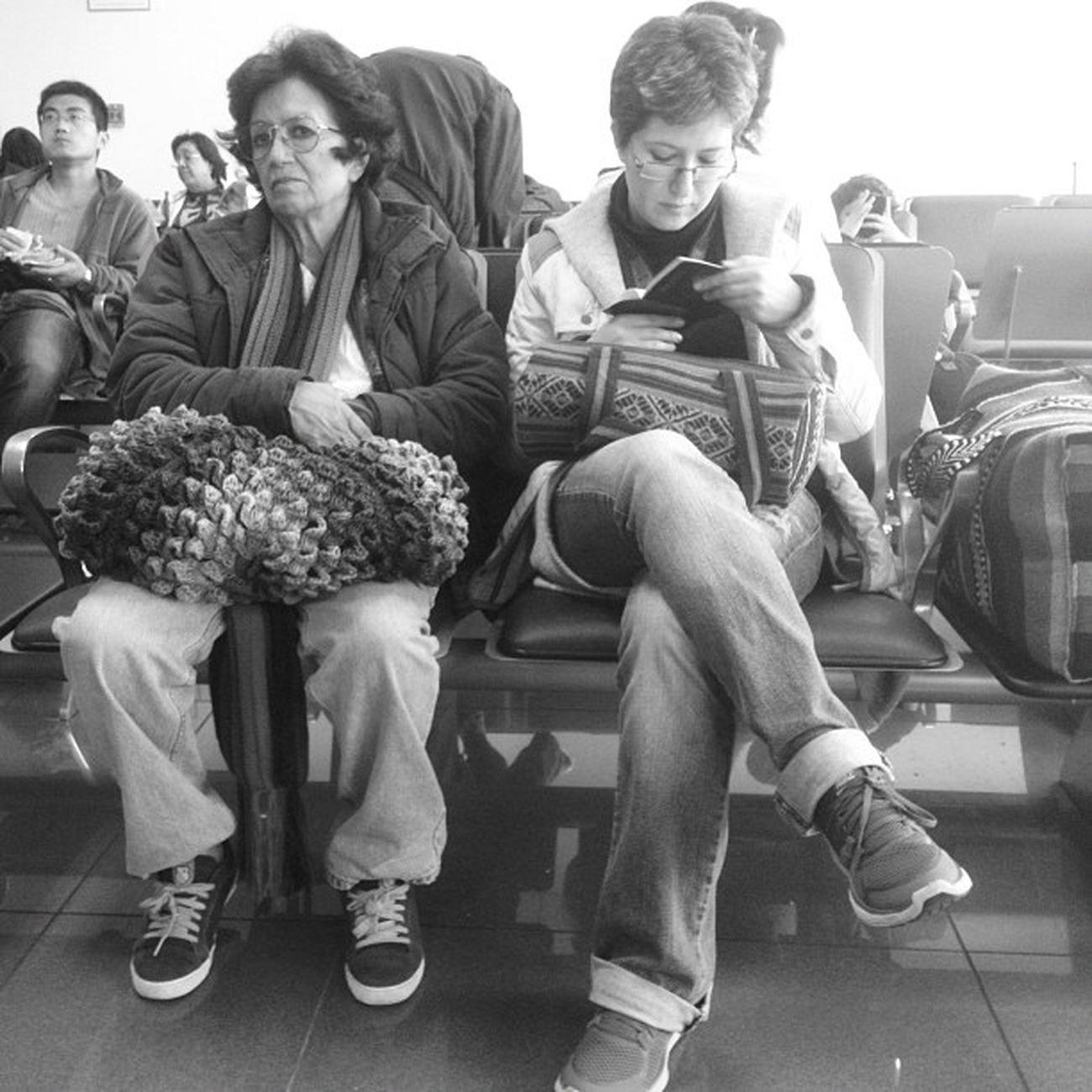 esperas y escalas... #peru Followback TBT  Instamood Buenosaires FotoDelDia Igers IGDaily Instagood IPhone Instagramhub Argentina Webstagram Iphoneonly Tweetgram Peru Mobilephoto Photooftheday Iphonegraphy Instagram Bsasmobilephoto Picoftheday Culturabaires Popckorn Coolturabsas