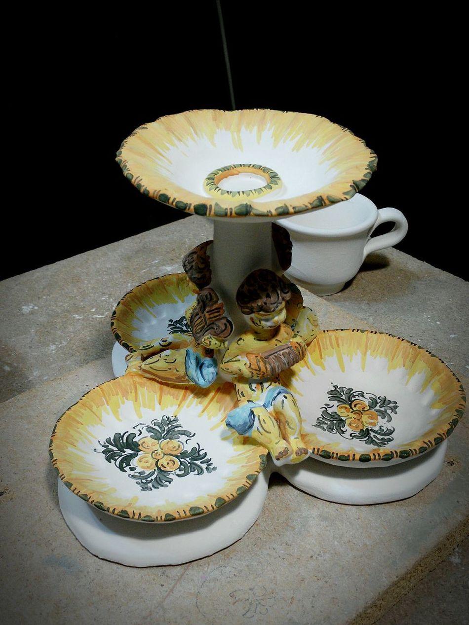 Arte Ceramica Sagnella- Cerreto Sannita - San Lorenzello - Maiolica decorata a mano - pre cottura lucida - Ceramica Cerreto Sanlorenzello Maiolica Sannio Benevento First Eyeem Photo