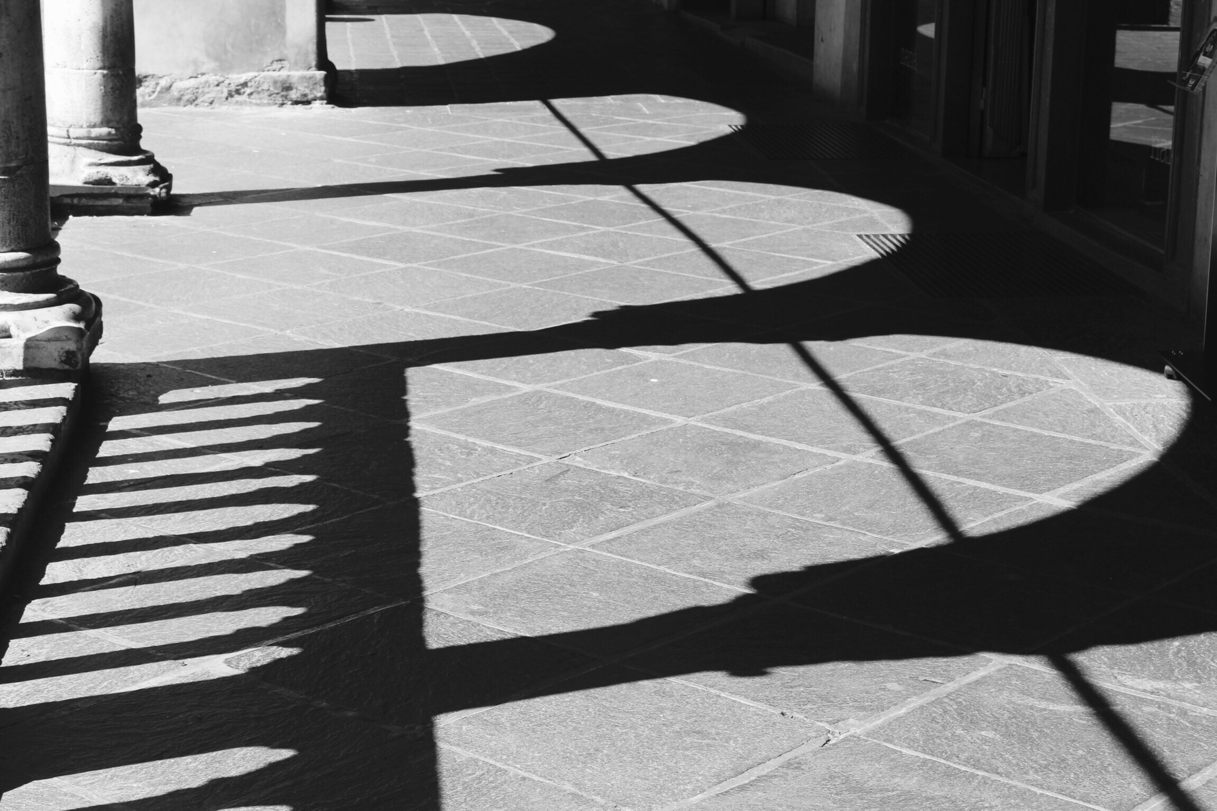 Black Shadow Sunlight Street Real People Outdoors Low Section Day One Person Ombre Blackandwhite Photo Cm Architecture Belluno Biancoenero Arco Old Fashion Fotografia -CM