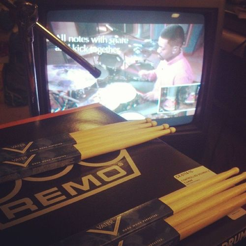 Had to make that GuitarCenter_run to pick up a couple pieces from my future endorsements @vaterdrumsticks & @remopercussion RemoDrumheads VaterDrumsticks Nw @yospank OffTimeOnTime