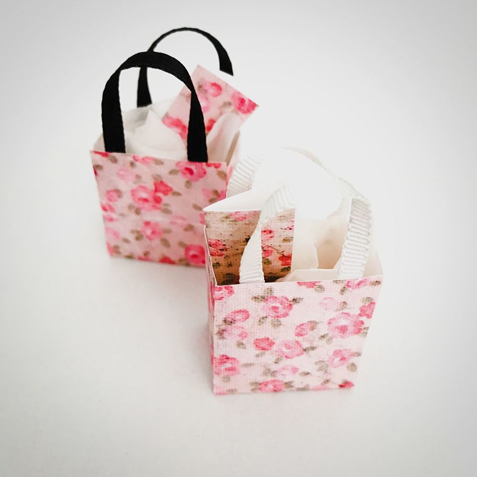 Miniature bags Pink Color No People Fashion Indoors  White Background Day Bags Miniature Miniatures Miniature Bags Create Dollhouse Items Madebyme Rose🌹 Pattern Paperbag Giftbag Handmade