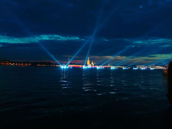 Hello World набережная Дворцовый мост Санкт-Петербург Amazing Day Relaxing St.petersburg