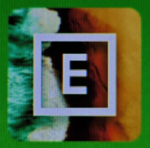 I took a close up of the eyeem icon on my phone. California Close Up Close-up Design EyeEm EyeEm Best Shots Logo Macro Macro_collection Maximum Closeness Moorpark Pixel Pixels Screen Symmetrical Symmetry
