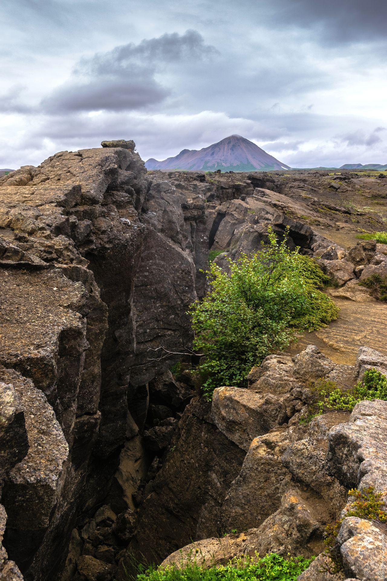 Beautiful stock photos of volcano, Beauty In Nature, Bush, Cliff, Cloud - Sky