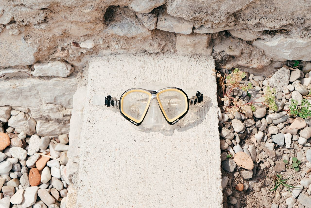 Ready for a dive Snorkeling Snorkling Mask Snorkeling Mask Yellow Taking Photos Italy🇮🇹 Holiday Garda Lake