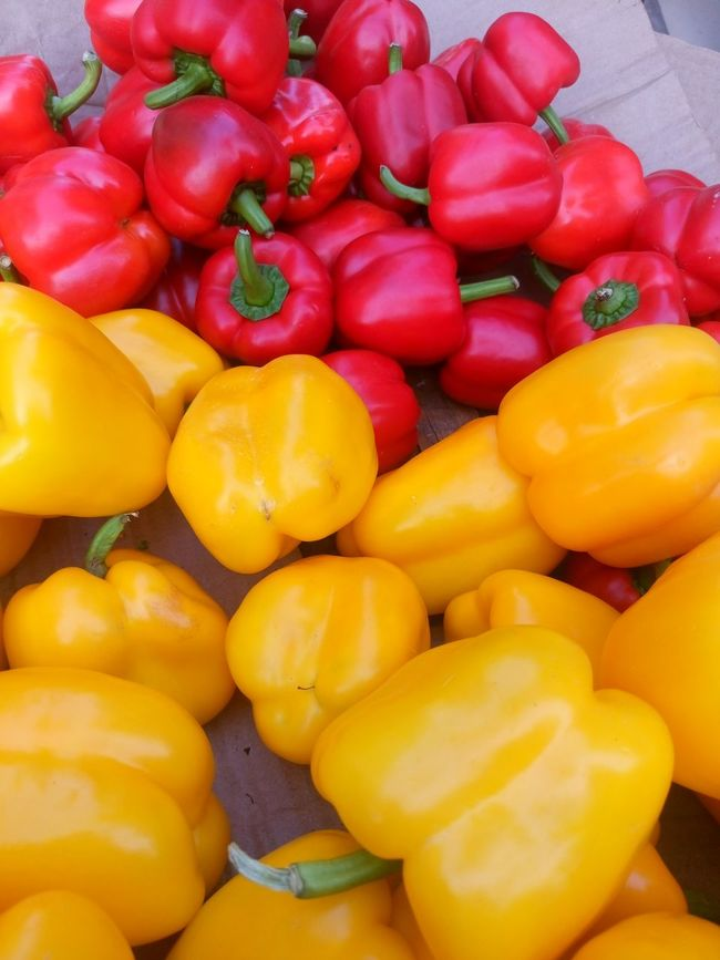 Backgrounds Close-up Day Food Food And Drink Freshness Full Frame Healthy Eating Large Group Of Objects No People Outdoors Red Red Bell Pepper Vegetable Yellow