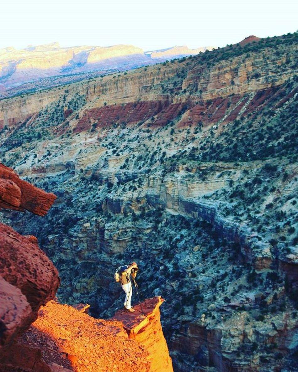 Getting that perfect sunset shot. Getoutandexplore Lifeontheedge Outdoorlife Outdoorliving Getoutstayout Explore Exploreutah Utah UtahisRad Nature_perfection Redrocks Utahisawesome Outdoorproject