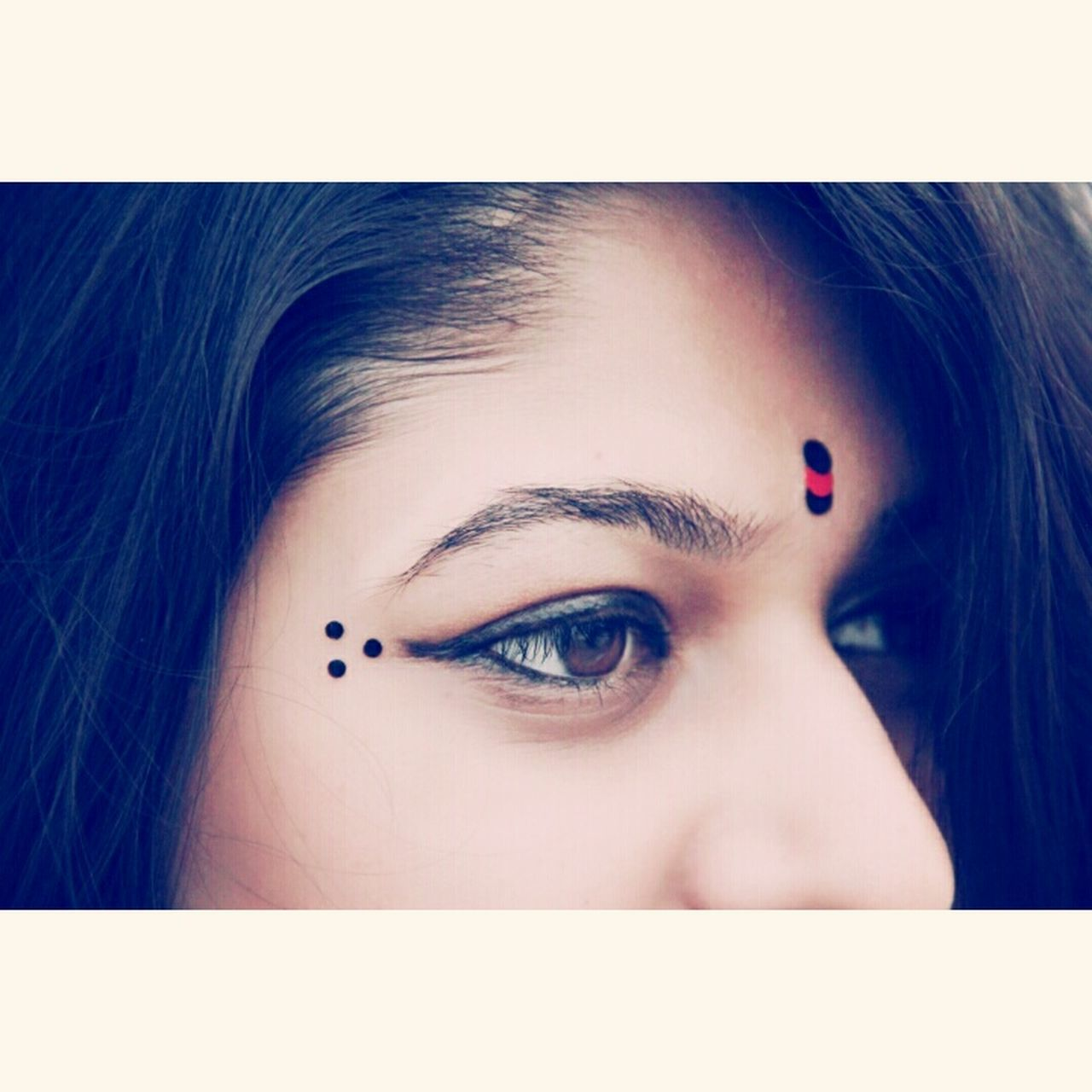 Beauty of the beholder. ♡ Love ♥ Photography Eyes Wide Open Indian Bindi Girls Photographer Photoshoot Photos Around You Photographylovers Photography Is My Escape From Reality!