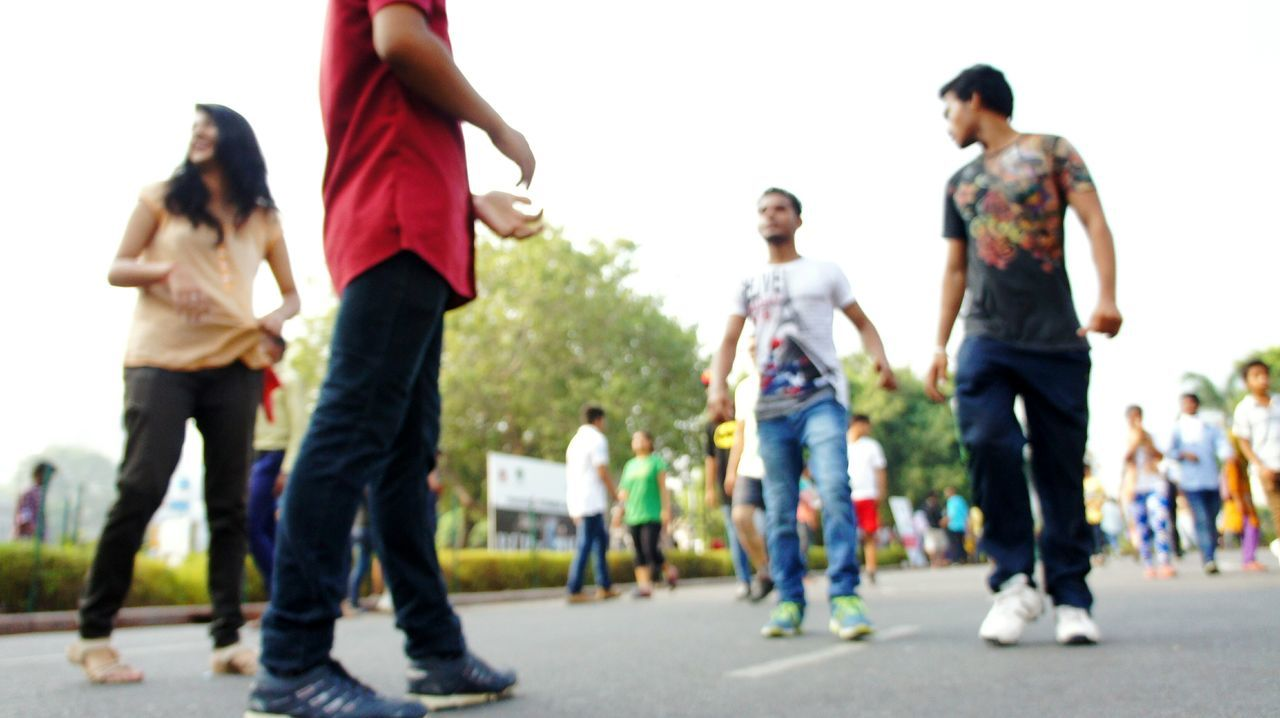 Out Of Focus People Photography Streetphotography Urban Lifestyle Fun Times ^_^ Happy Moments Mirrorless Delhi India I Love My City
