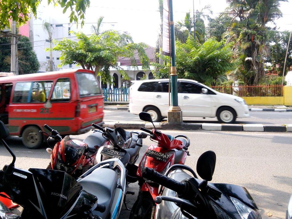 Traffic Motorbike Park Angkot Car
