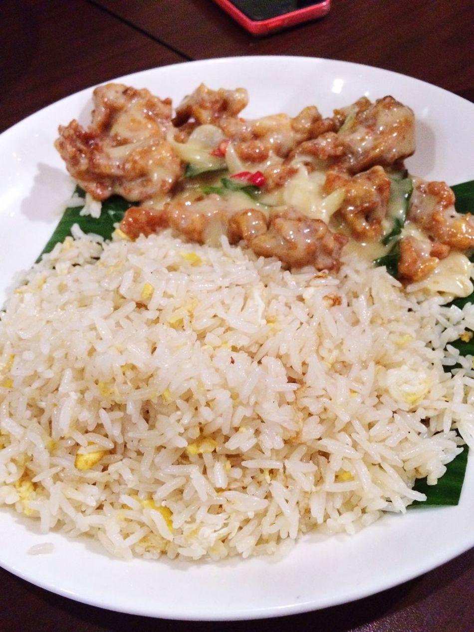 Buttermilk Chicken Enjoying A Meal Dinner Latepost Twelv