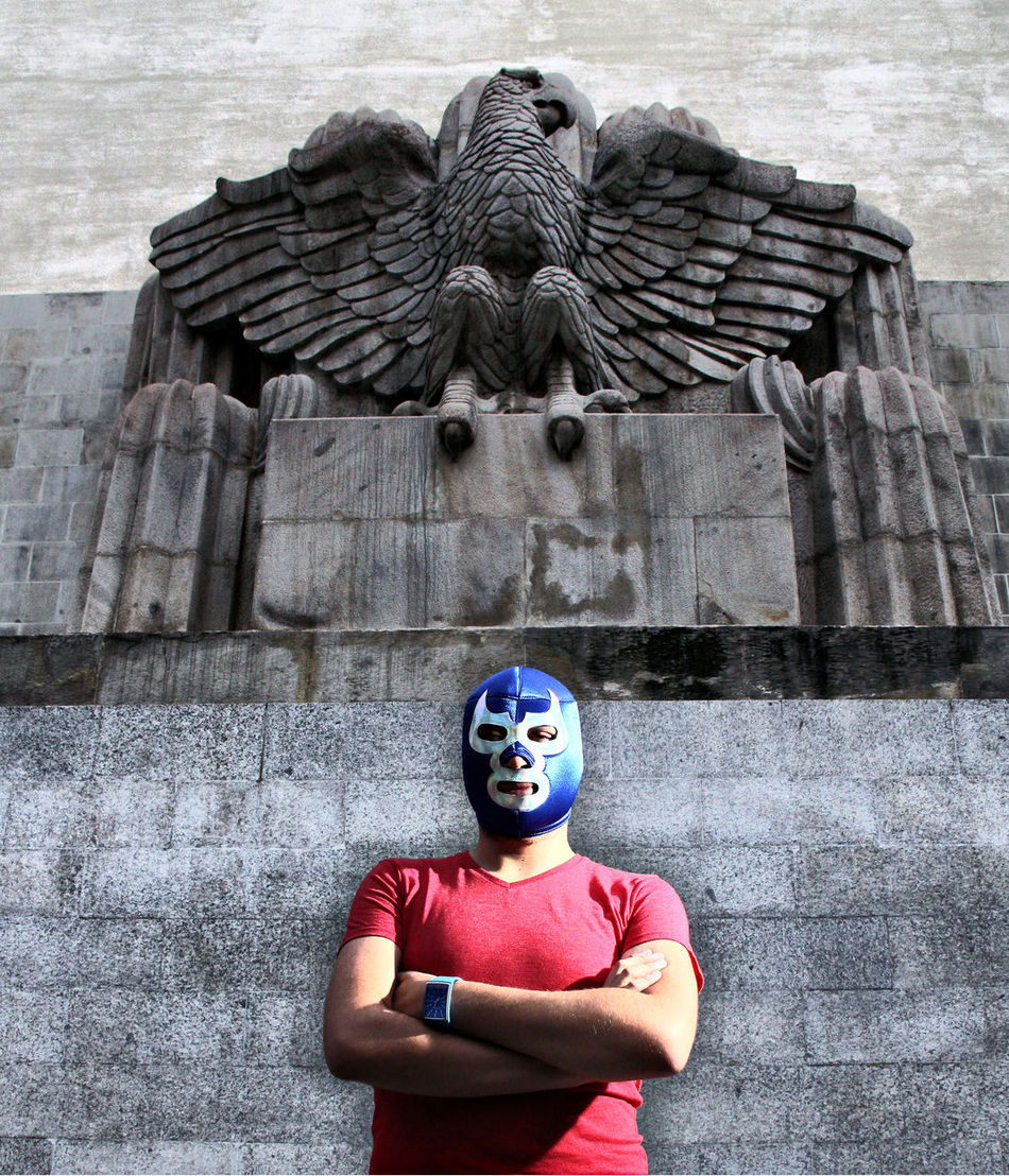 Homenaje al luchador e ídolo popular Blue Demon. Deportista y actor de cine. Blue Demon Blue Demon Tribute Eagle Fake HDR Mask Sports Stone Carving Tribute Wrestling Showcase June