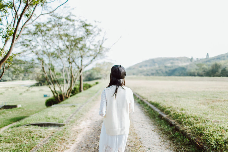 Adult Adults Only Bride Day Landscape Nature One Person One Woman Only One Young Woman Only Only Women Outdoors People Rear View Standing Tree Walking Wedding Wedding Dress Young Adult