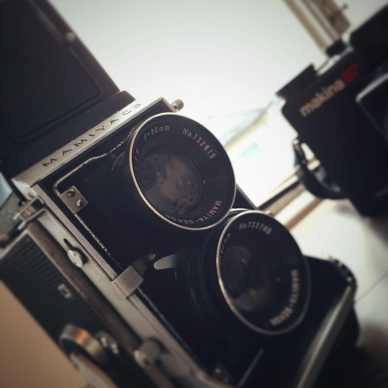 Old Camera Mamiya Close-up Retro Eyem Best Shots No People Analog Mobilephotography