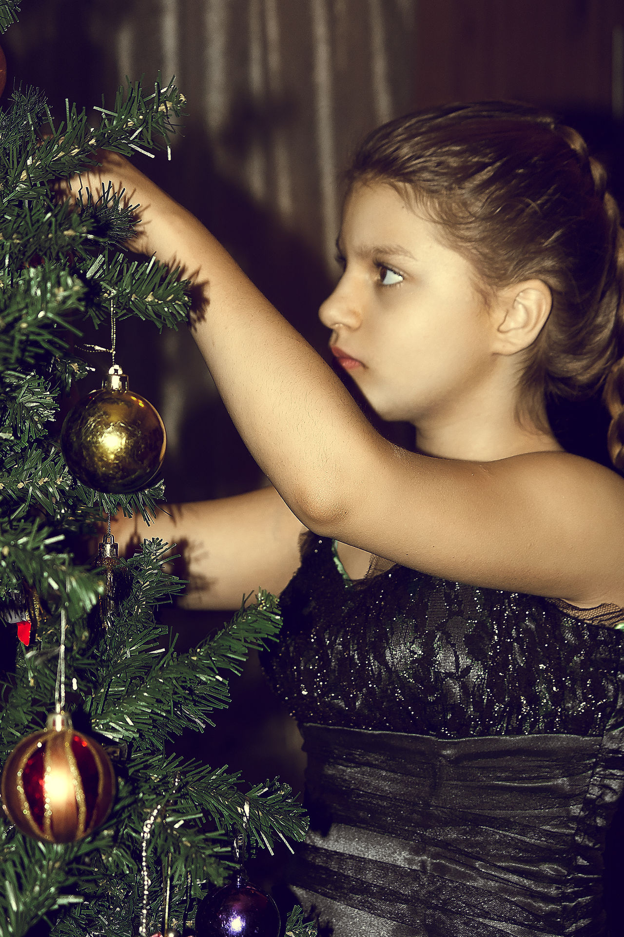 December - time of miracles Russia Home Lifestyles Portraits Childhood Long Hair Adult Focus On Foreground Child Real People Enjoying Life EyeEm Best Shots Portrait Photography Portrait Young Adult Happiness Indoors