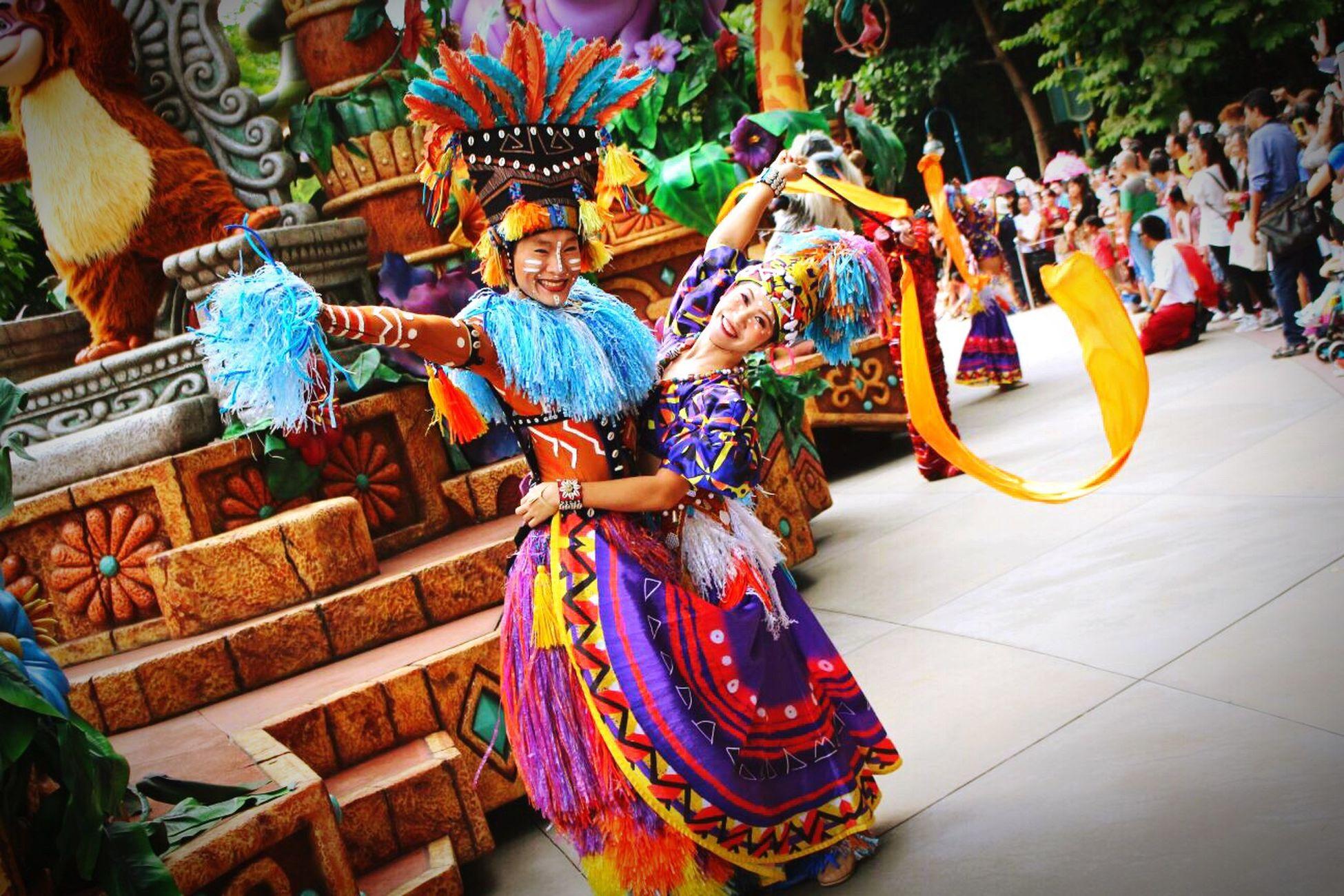 I love dance with you,my しば犬😘😘😘 Hongkong Disneyland At Hong Kong Disneyland 香港迪士尼樂園 Parade Dancer That's Me Parade Dancer