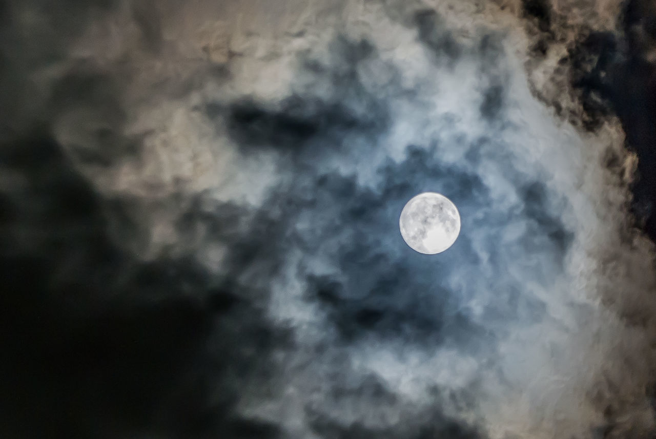 moon, cloud - sky, astronomy, sky, nature, beauty in nature, scenics, low angle view, planetary moon, tranquility, space exploration, tranquil scene, night, outdoors, no people, moon surface, space