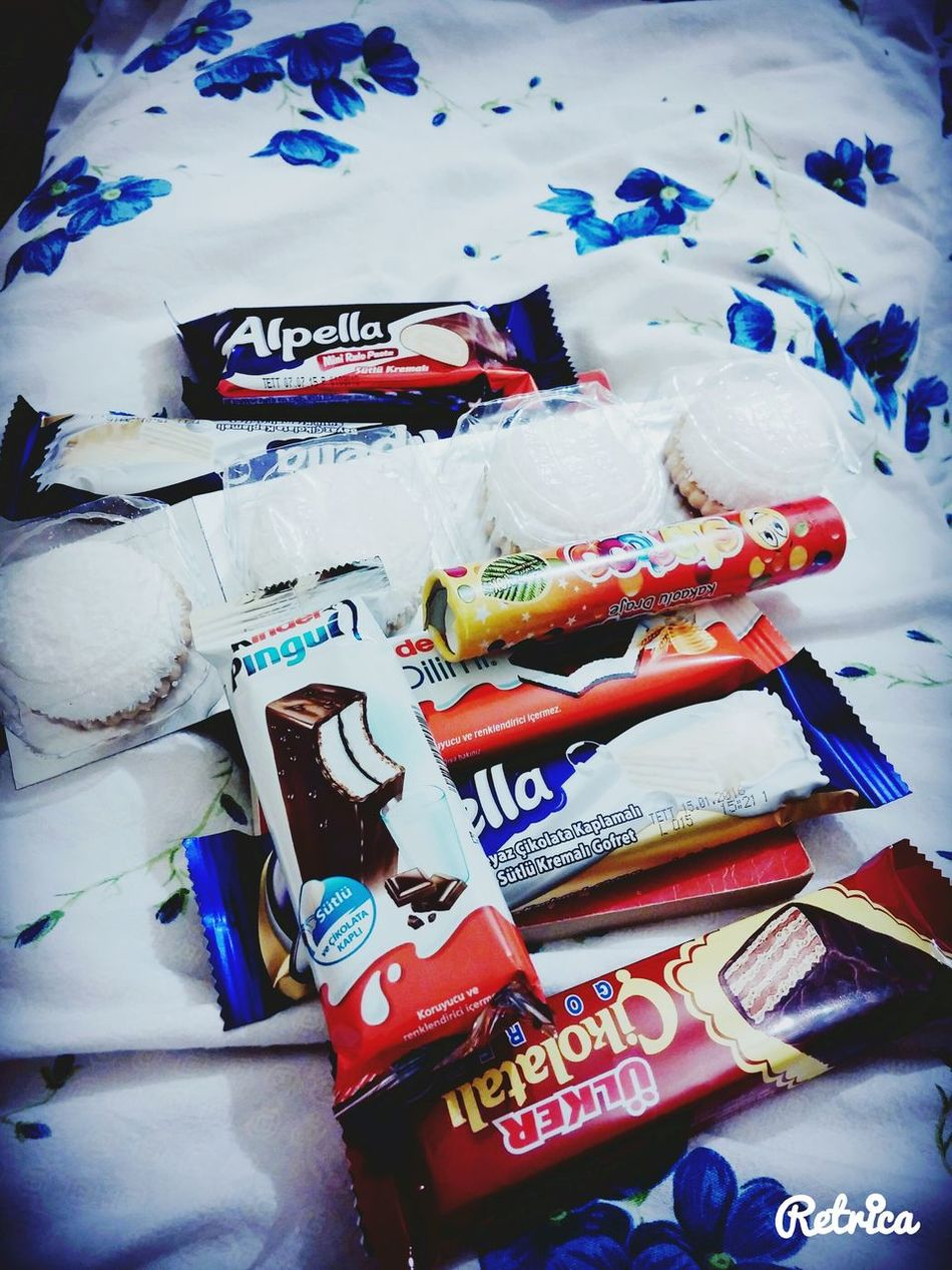 Choklad Pingui Alpella Bonibon çikolatalı Etipuf Aburcubur Tatlı  Sweat Hi!