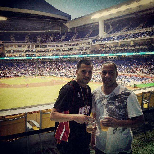 Puertorico vs USA Baseball w/ @jride20z @joevargas Miami