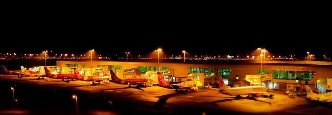 Planes Airport KLIA2 Malaysia Waiting Iloveflights