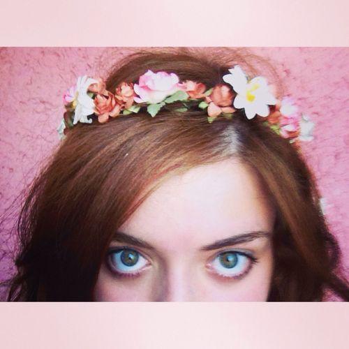 ? Hi! Flowers Selfie Crown #cute