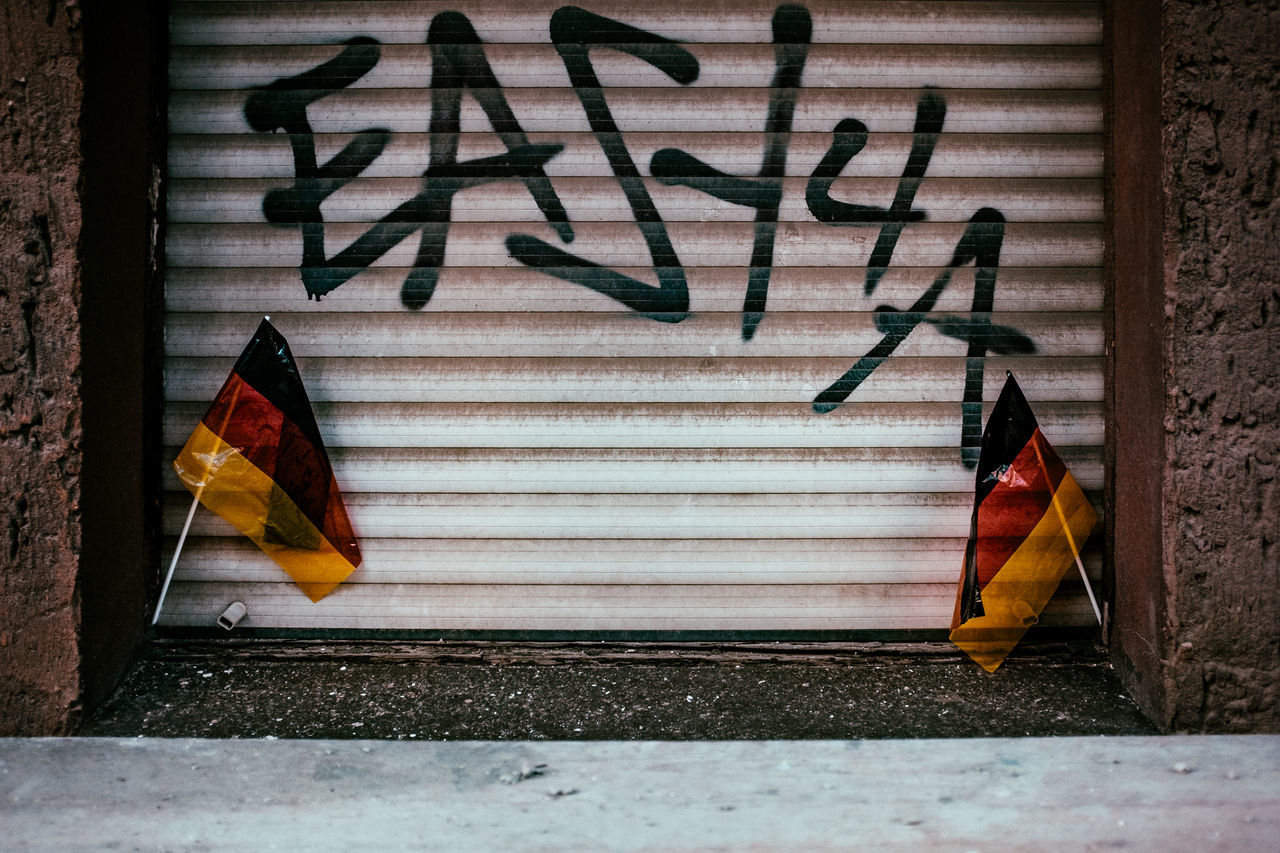 ...schland 1stinsinct Berliner Ansichten Black Red Gold EM Em2016 European Championship  Fair Flags Football Football Fever Germany Multi Colored National Flag No People Red Soccer Street Street Art Streetphotography Team The Street Photographer - 2016 EyeEm Awards Together Togetherness Wall Wall - Building Feature