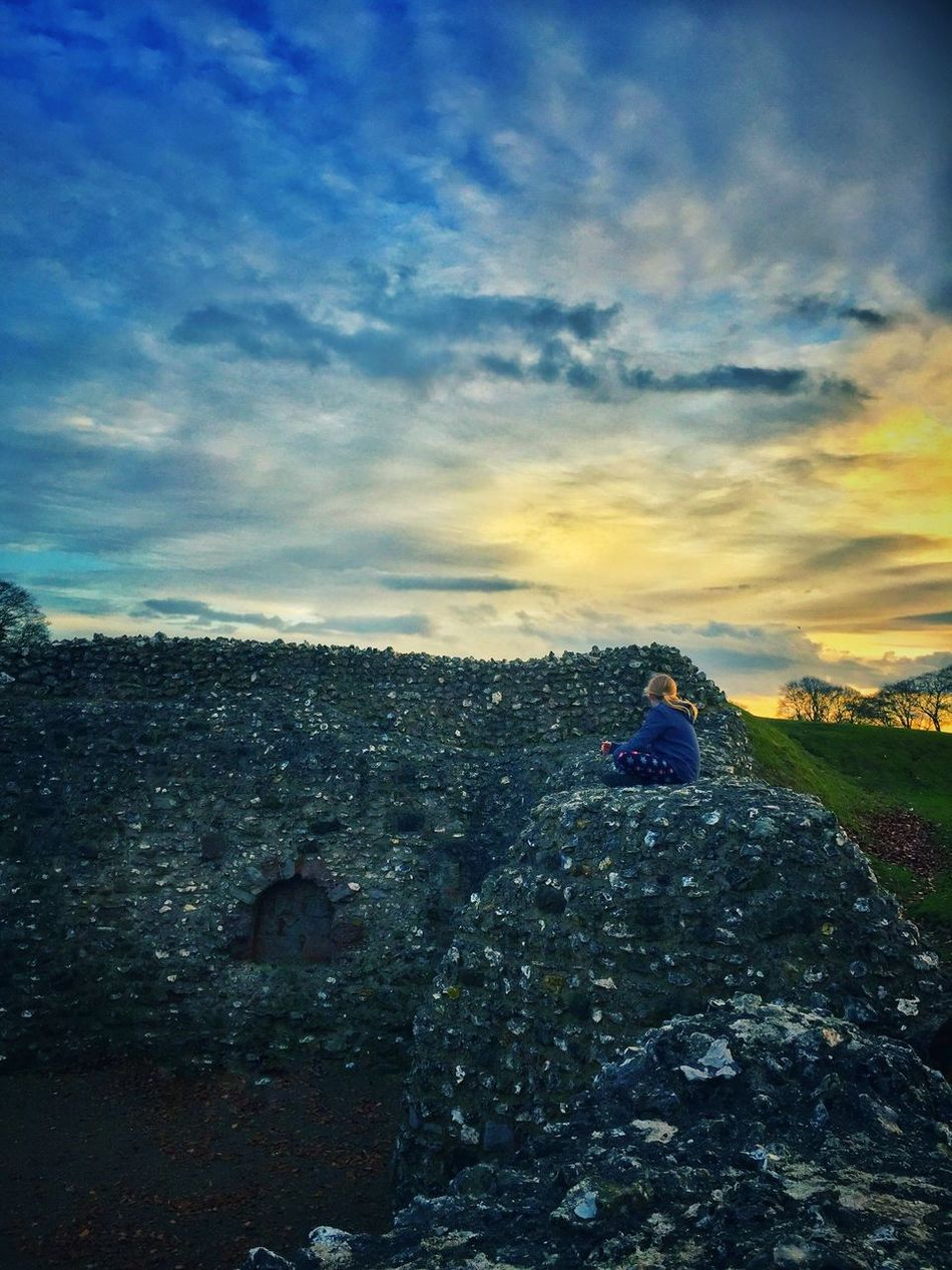 Salisbury Old Sarum Hill Fort Sky Cloud - Sky Outdoors Nature Sunset Tranquility Scenics Travel Destinations Beauty In Nature Child Family Walks Day Week On Eyeem