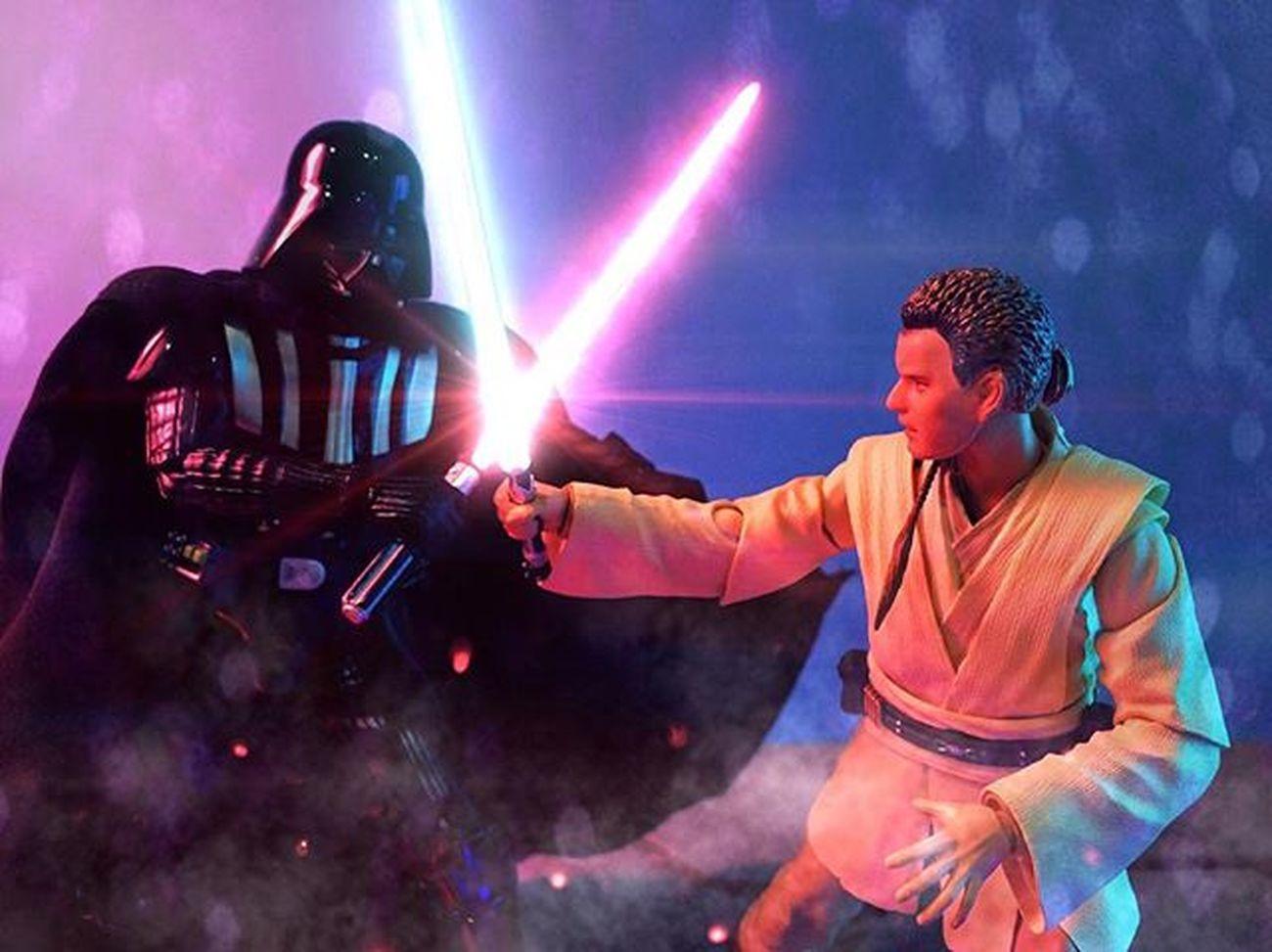 "Obi Wan : ""You were my brother, Anakin. I loved you."" ............................................................... AnakinSkywalker Darthvader MafexVader Obiwankenobi Obiwan Jedi Jedimaster Sith Sithlord SHfiguarts Shfiguartsphotography Starwars Starwarstoys StarWars6inch Starwarstoyphotography Revengeofthesith Starwarstoypix"