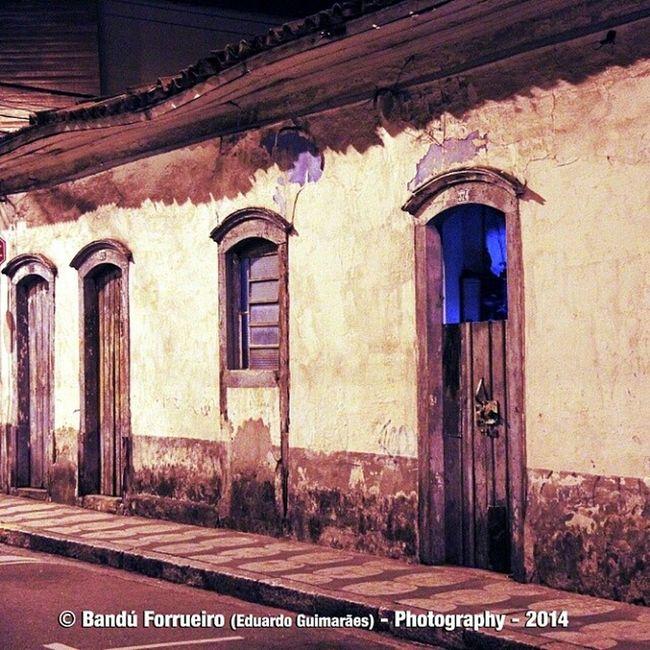 Casarão em Mogi das Cruzes/SP. BandúForrueiro Fotografia EduardoGuimarães Fotografiaderua color colors MogidasCruzes photo Casarão