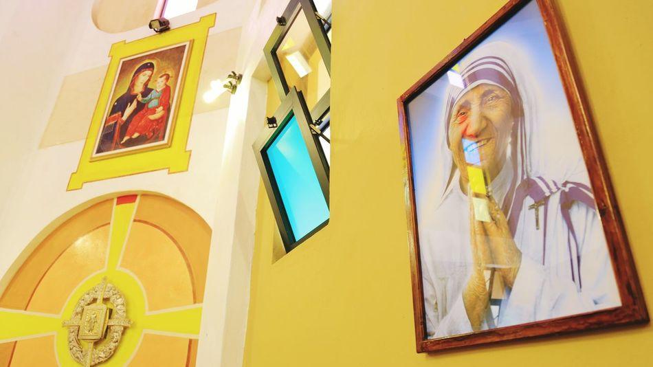 Canon Canon6d Mother Teresa Altar Church Eyeemphotography EyeEm Gallery EyeEm Eyeem Market