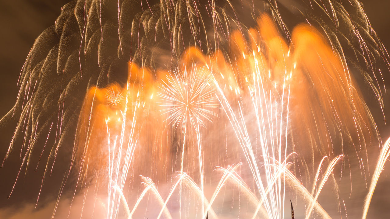 Long Exposure Fireworks Shots 4th July 2016 Downtown Nashville,TN 2016 Nashville 4th Of July Fireworks Sh Amazing Fireworks Show Riverfront Nashville,TN Downtown Nashville TN 4th Of July Concert 2016 Firecracker Firecracker Festival Fireworks 2016 4th Of July Nashville Fireworks Displays Nashville,TN Fireworks Show Nashville,TN Long Exposure