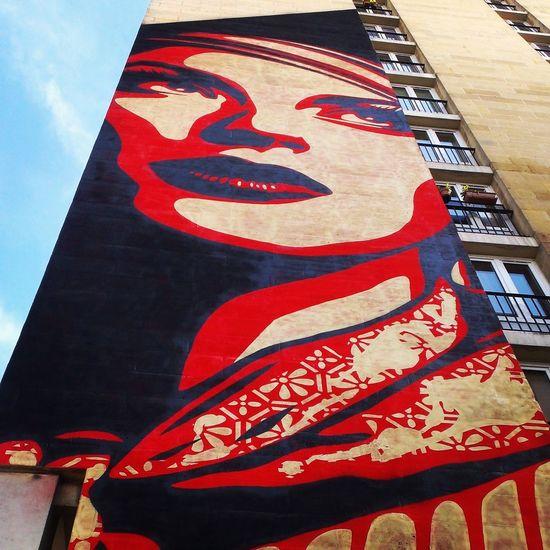 Streetphotography Streetart Shepard Fairey Paris13