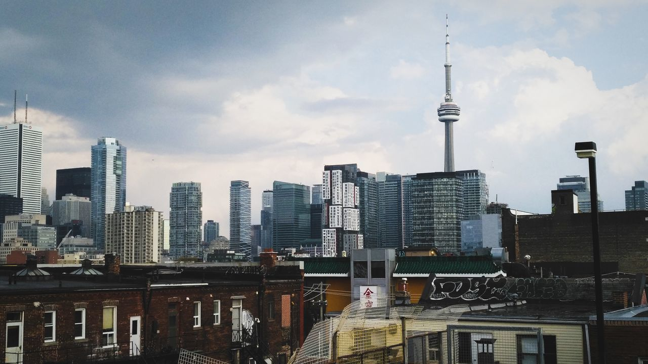 Landscape Toronto Canada Toronto Landscape Toronto Built Structure Travel Destinations Outdoors Cloud - Sky Cityscape Building Exterior Apartment Urban Skyline City Street