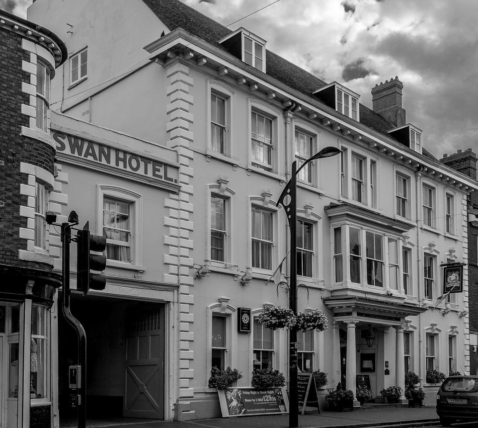 The Swan Revived Hotel, Newport Pagnell, Buckinghamshire Black And White Monochrome Buckinghamshire Newport Pagnell Architecture Buckinghamshire Pubs Pubs Hotel
