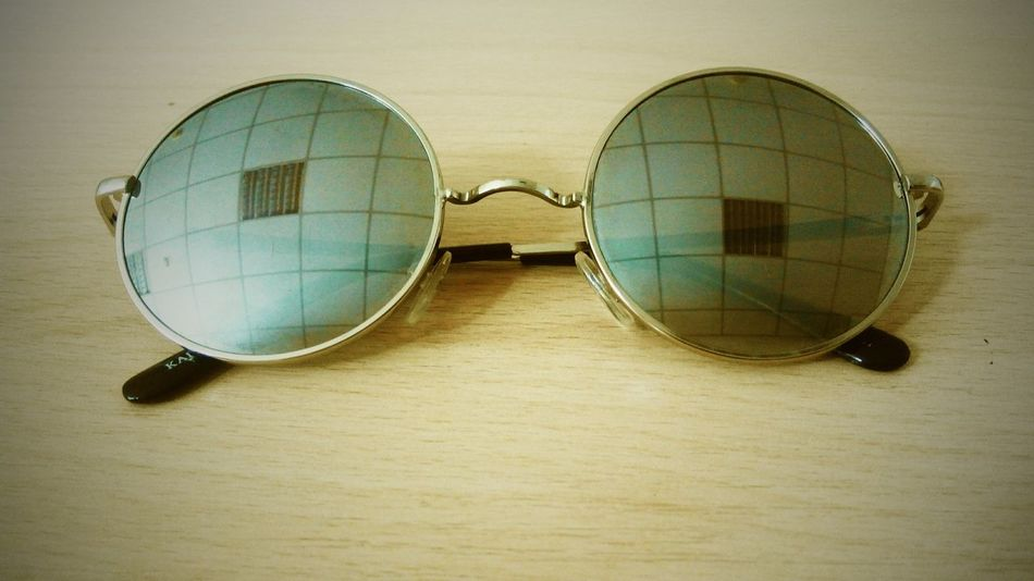 Valeriedesign Glasses Reflection Square