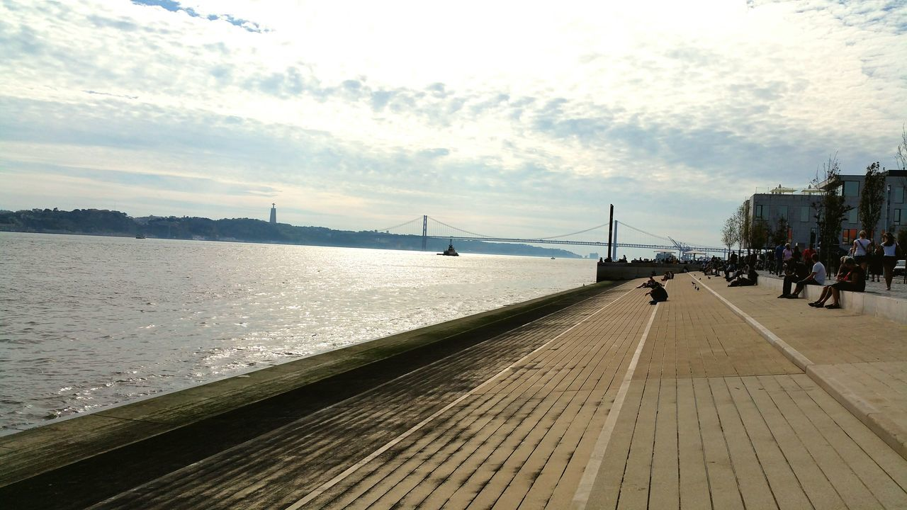 Lisbon Lisbonlovers Tejoriver Tejo Bridge Caisdosodre Ponte25deabril Peaceful Peace Sky Thankful