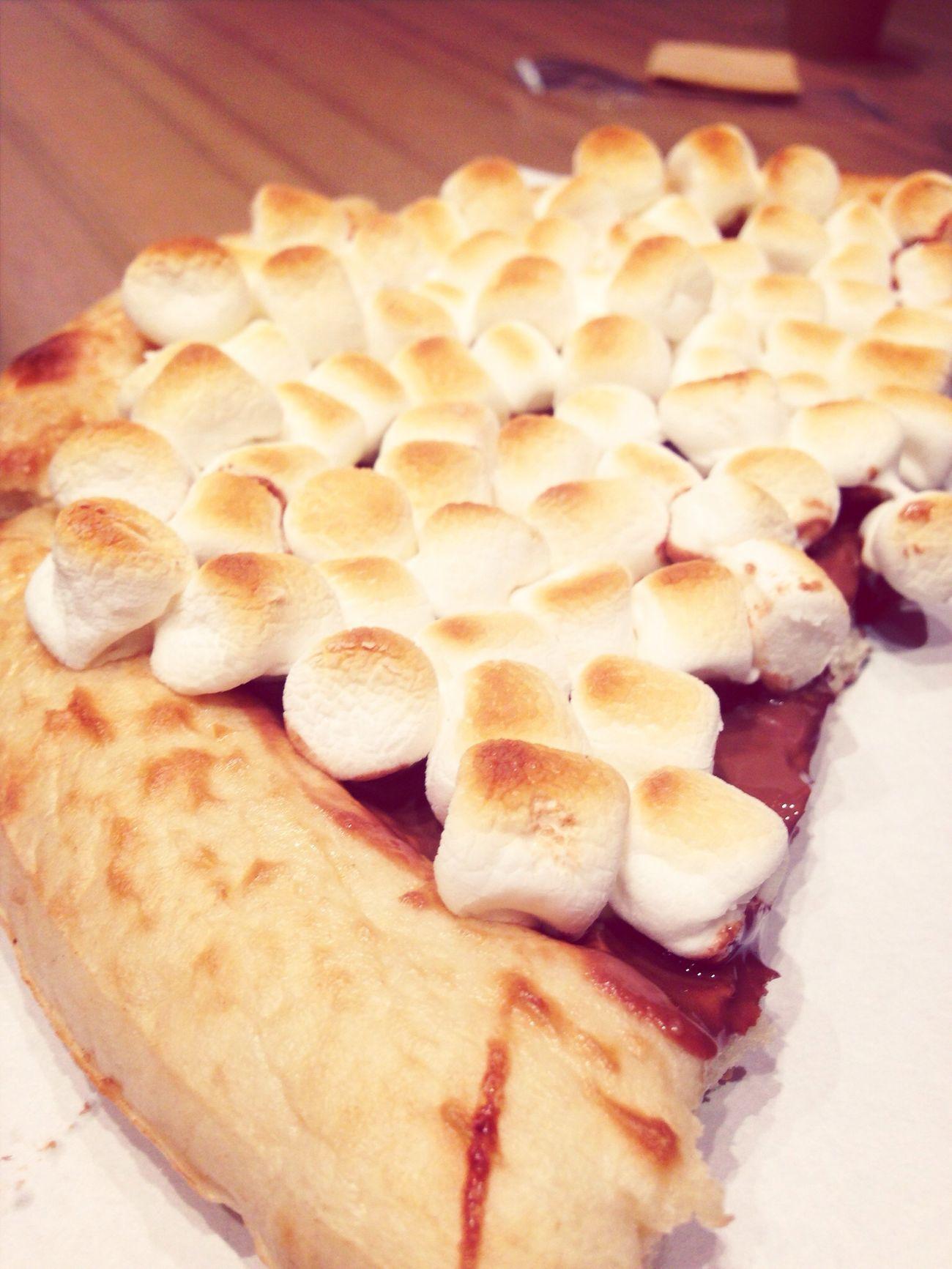 Yummy Chocolate Pizza <3 Happy moment!