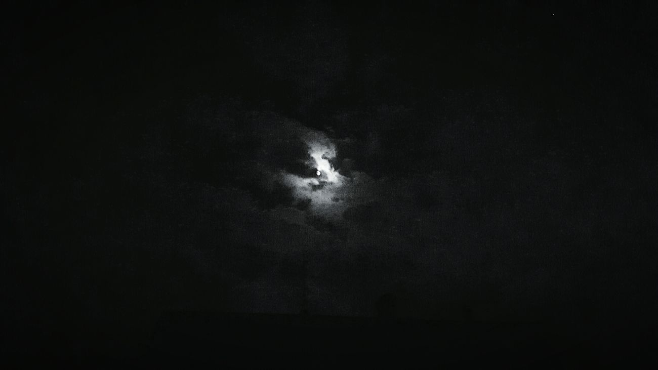 Sky Clouds And Sky Moonlight Night Taking Pictures At Night Beautiful At Home :)