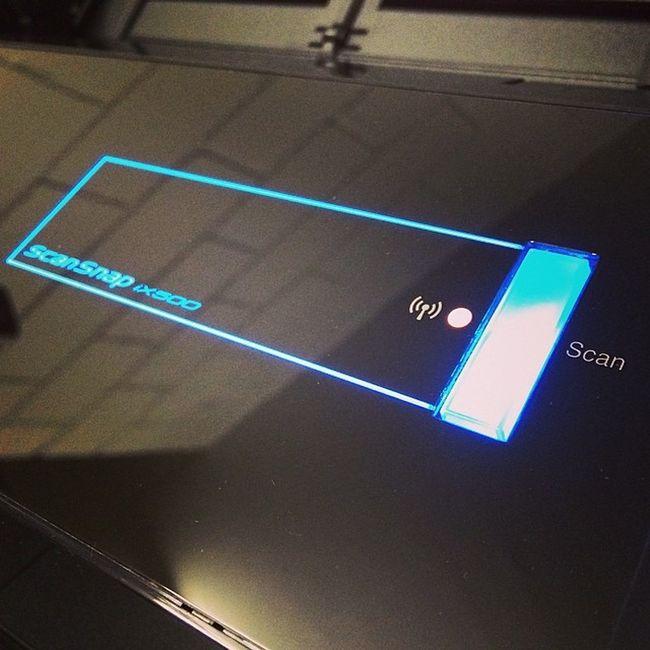 Ein hoch auf das Papierlose Büro und ScanSnapDe - so gehts endlich um ein vielfaches schneller #Büro #office #papierlos #ix500 #fujitsu #scannen #scanner #vscocam #workflow #qualität #gadget Office Workflow Vscocam Gadget Büro Scanner  Fujitsu Papierlos Scansnap Qualität Scannen Ix500
