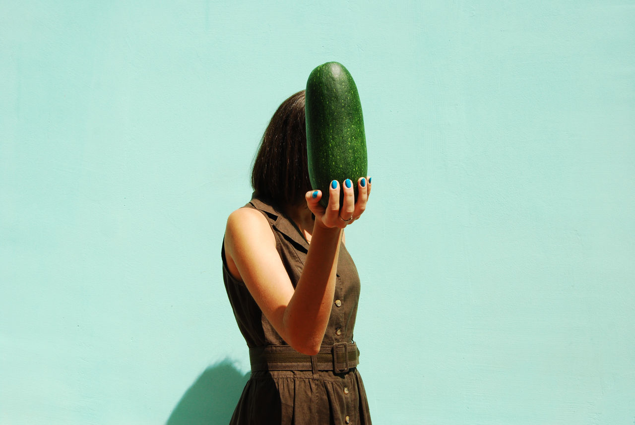 Girl Squash Faceless The Portraitist - 2015 EyeEm Awards Fine Art Photography BYOPaper!