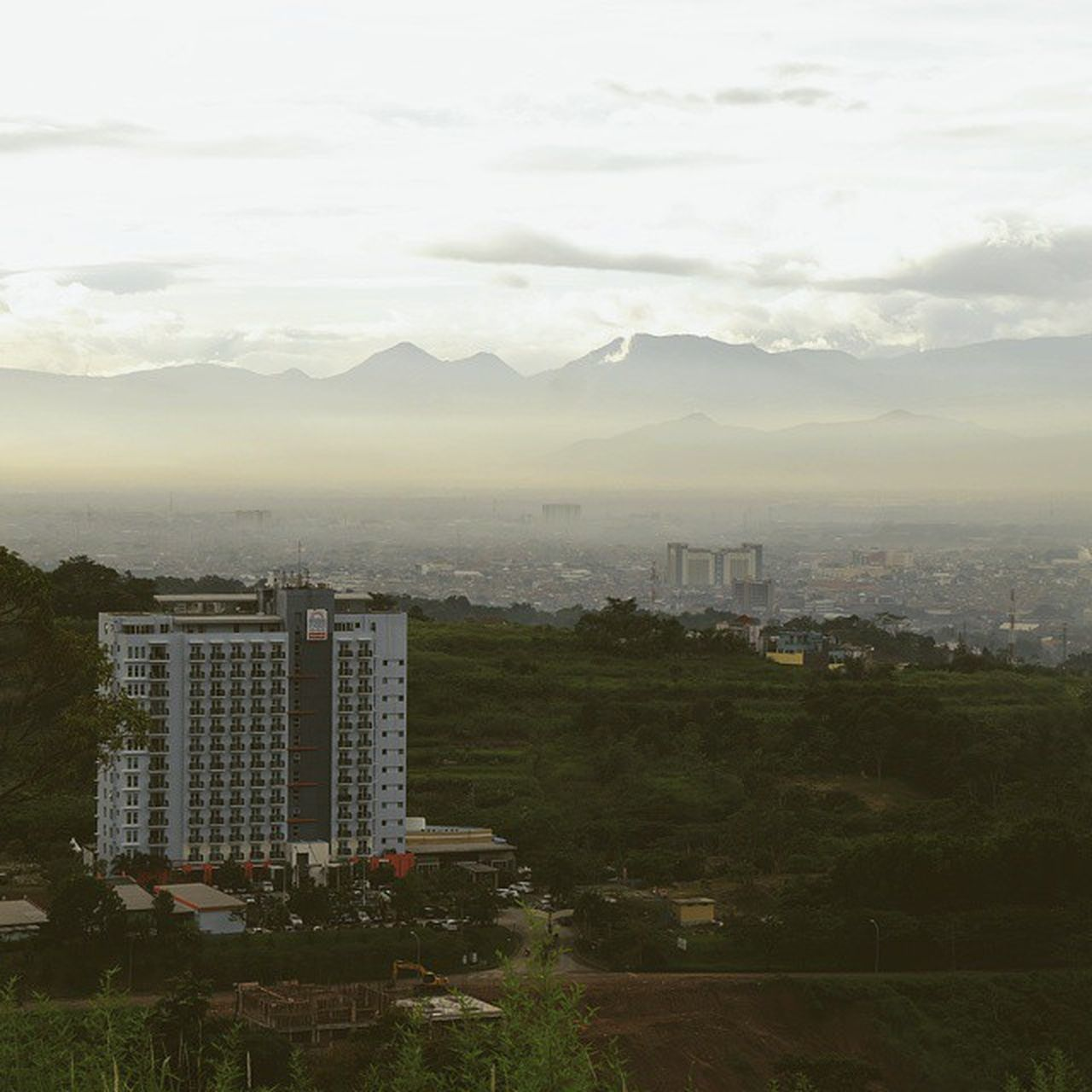 The wonderful view from Bandung when the sun coming. Photography Travelphotography Cityscape Wonderfulindonesia explore bandung ig_bandung ig_indonesian instapict instaedit instamood instavsvsco instavsvsco instavsvsco like like4likes tag4likes share4friend follow followbacks vsco vscoedit vscogood vscodaily vscoaddict vscocam udatommo